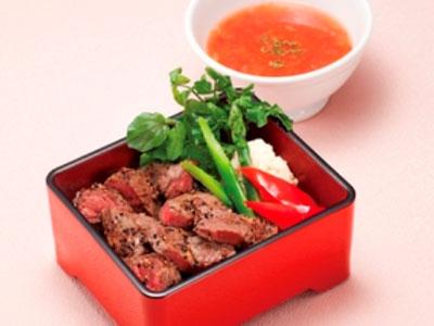 大戸屋から期間限定メニュー『特撰 塩麹漬け和牛ステーキ重』を7月14日から販売開始