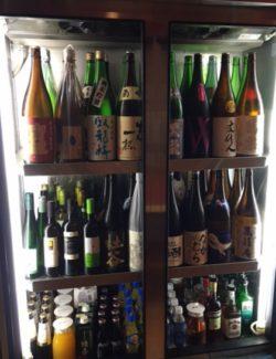約70種の焼酎・日本酒・訳ありワインが時間無制限で注ぎ放題!